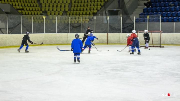 В Тольятти возбудили уголовные дела в отношении тренеров детско-юношеской хоккейной школы «Лада»