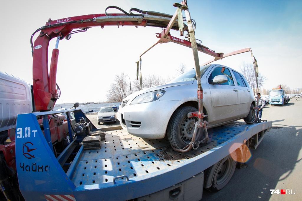 Приставы могут применить к должнику много мер, вплоть до ареста автомобиля