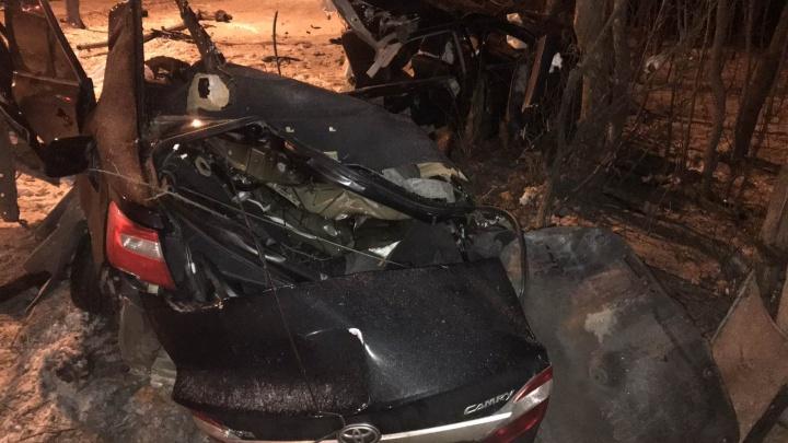 «Было две машины»: появилось видео с места жуткой аварии на Волжском шоссе