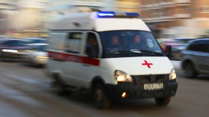 В Кировском районе иномарка сбила ребёнка — его госпитализировали