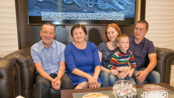 «Глазам своим не поверил!»: житель Башкирии выиграл в лотерею 17 600 000 рублей