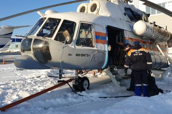 «Машины сломались, связи нет»: на Урале спасатели ищут рыбаков, которые застряли в лесу