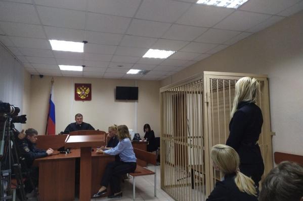 До суда Анастасия Васильева находилась в автомобиле скорой помощи