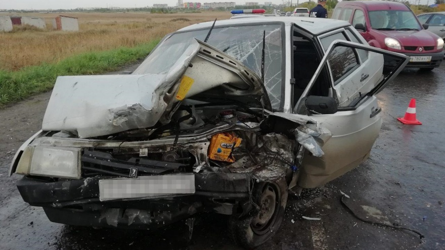 В Кургане при столкновении двух легковушек пострадали четыре человека