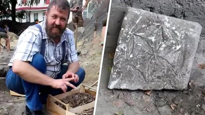 В Азове нашли улицу, которая была вымощена костями