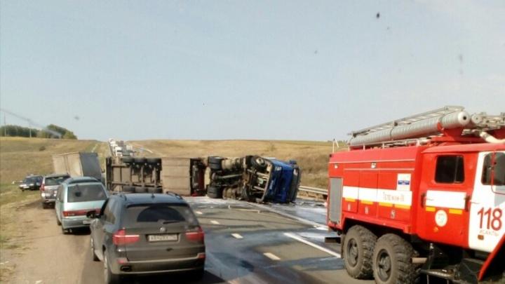 Массовое ДТП на трассе М-5 в Самарской области: погибли пять человек
