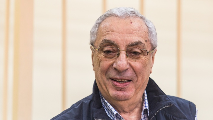 «Если копейку дадут, уже приятно»: Солодкин-старший пришёл в суд за компенсацией