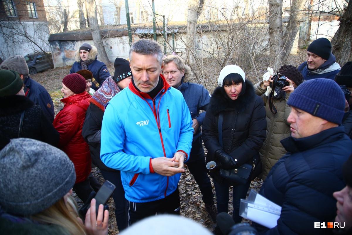 Поддержать жильцов пришел Евгений Ройзман