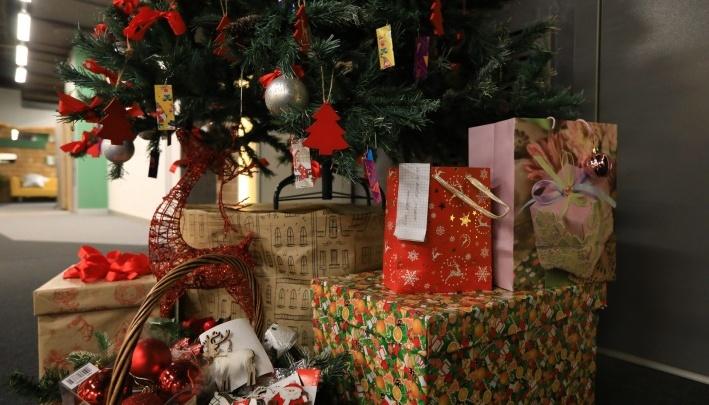 Отравление, обморожение, ожоги: какие опасности грозят детям в новогодние праздники и как их избежать