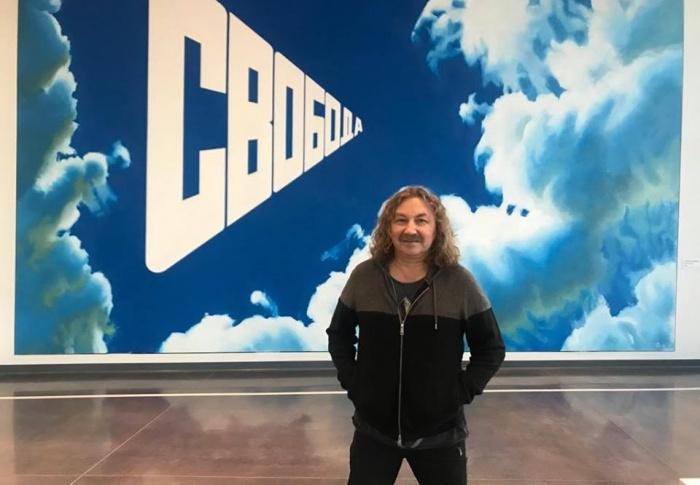 Игорь Николаев зашел в Ельцин-центр перед концертом