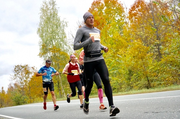 За победу в осеннем марафоне атлеты получат грамоты и медали финишера