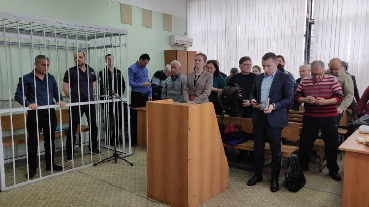 «Я не вру, я проходил полиграф»: в суде Волгограда допросили газовиков, проверявших дом до взрыва