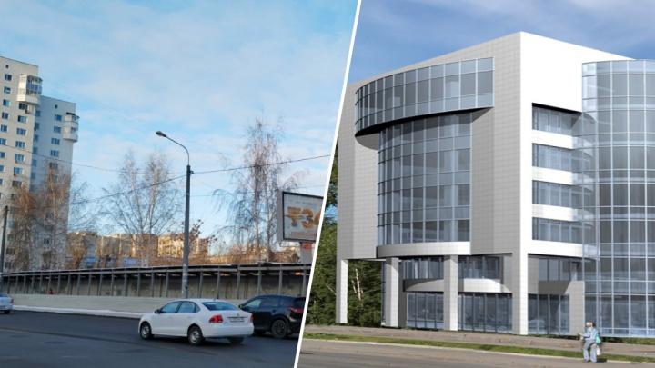 В Екатеринбурге продают бизнес-центр, который начали строить больше десяти лет назад
