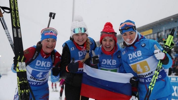 Красноярская биатлонистка в составе сборной в Германии выиграла золото. Впервые за 7 лет