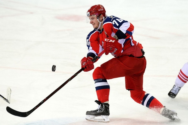 Шумаков отказался играть за ЦСКА из-за конфликта с главным тренером