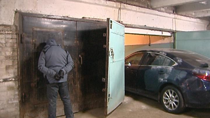 Жители Оренбурга угнали в Уфе три дорогих автомобиля марки Mazda