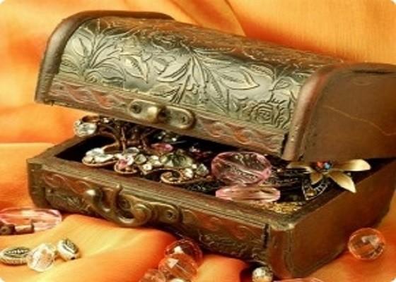 Ювелирный магазин утверждает, что можно стать владельцем золотых и серебряных украшений, не тратя деньги