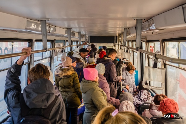 Власти Перми считают, что одна поездка на автобусе или трамвае должна стоить 26 рублей