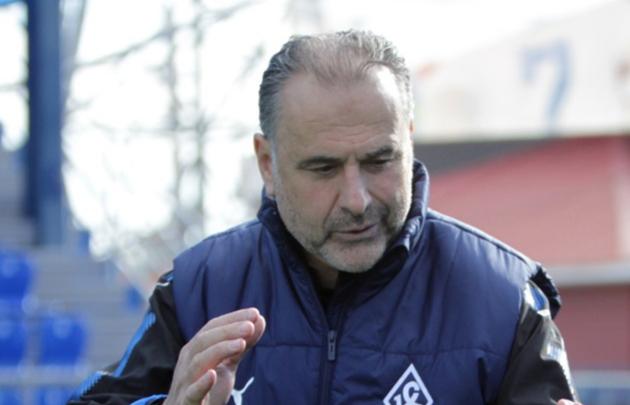 «Оренбург» ответит рублем за бросок бутылкой в тренера «Крыльев Советов» Миодрага Божовича