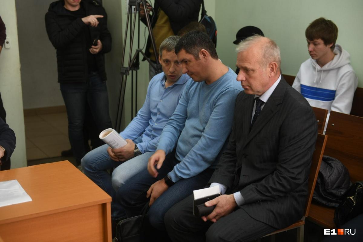 Просьбы мамы и раскаяние не помогли: суд отказался выпускать из СИЗО виновника ДТП на Малышева