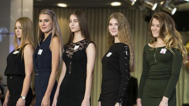 Не ниже 173 сантиметров: 50 сибирячек пришли на кастинг конкурса «Мисс Россия»