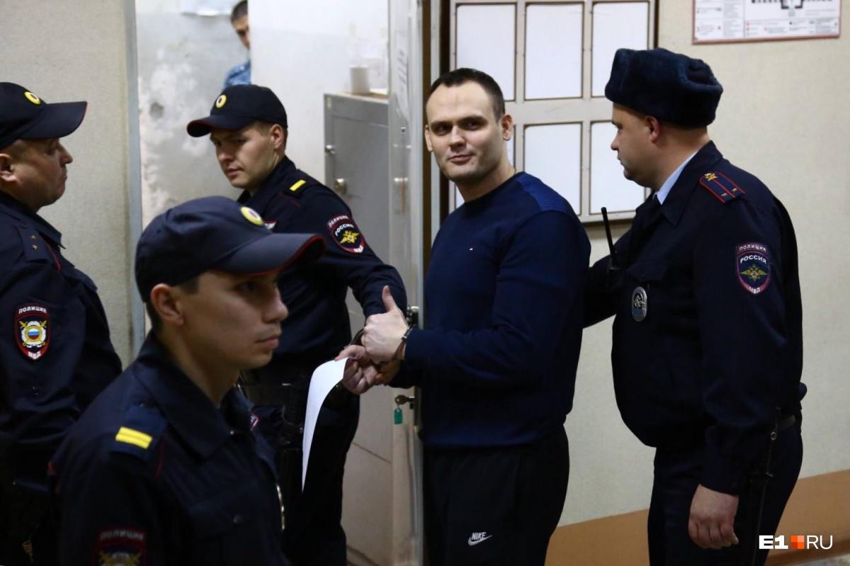 «Держите при себе своих детей, я их боюсь»: омский журналист — о деле осужденного фитнес-тренера