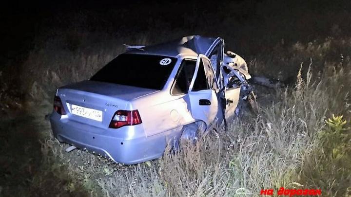 Пошел на обгон: на трассе в Башкирии лоб в лоб столкнулись Nexia и BMW