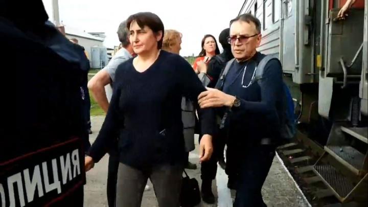 «Там творится беспредел»: двух задержанных на Шиесе активисток госпитализировали в Урдоме