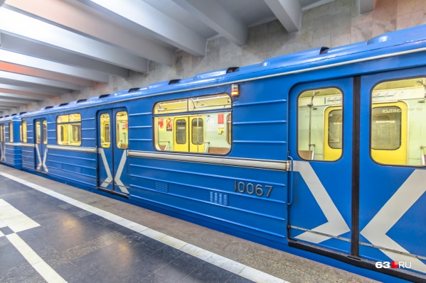 На каким направлениям будут возить пассажиров новые вагоны, в метрополитене пока не определились
