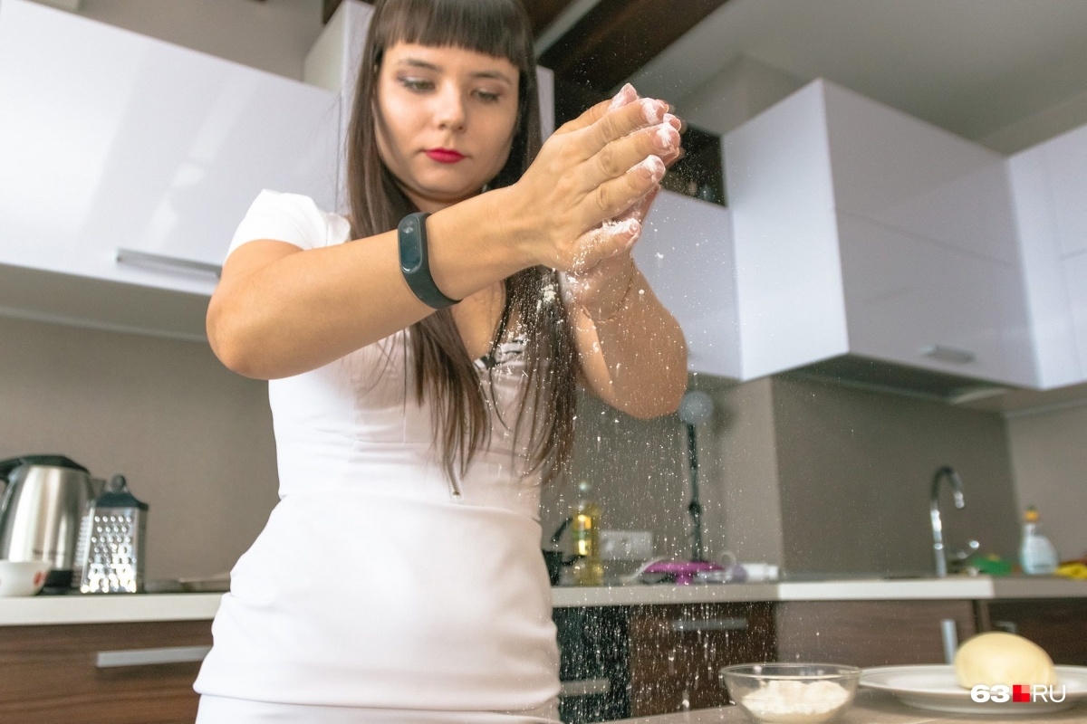 На завтрак, обед или ужин: рецепт быстрого хачапури по-аджарски