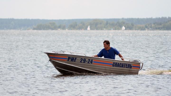 Под Новосибирском подросток переплывал реку и пошёл ко дну