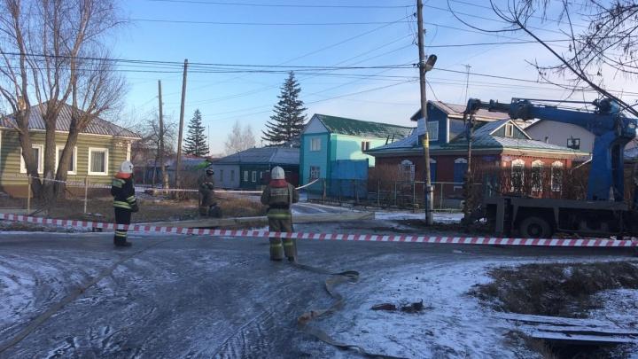В Омске из-за повреждённого газопровода перекрыли дорогу и эвакуировали людей из домов