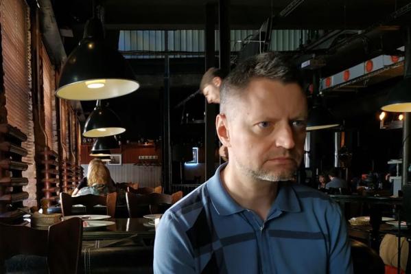 Ютьюб-шоу Алексея Пивоварова «Редакция» начало выходить около трех месяцев назад