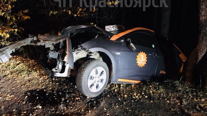 Разбитый в хлам «Солярис» из каршеринга обнаружили утром в Академгородке