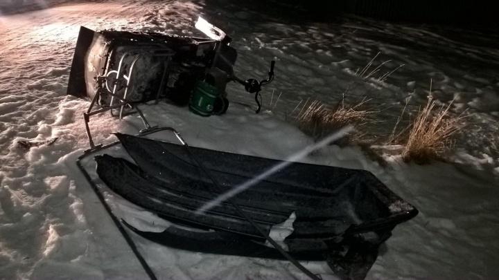 Под Ирбитом женщина погибла, катаясь на прицепленных к снегоходу санках
