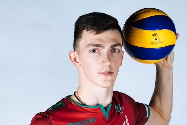 Блокирующий Ильяс Куркаев — единственный игрок ВК «Локомотив», который будет участвовать в ЧЕ