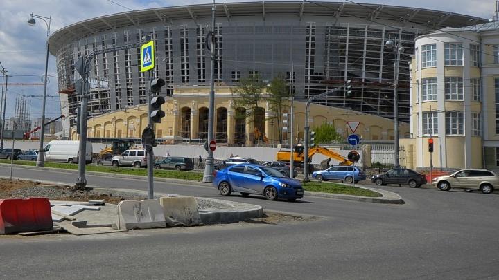 Сегодня вечером на 10 дней закроют улицу Репина в районе Центрального стадиона