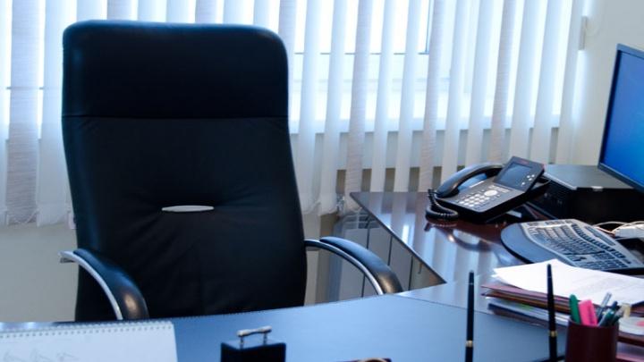 Представители омских компаний рассказали, работники какого пола зарабатывают больше денег
