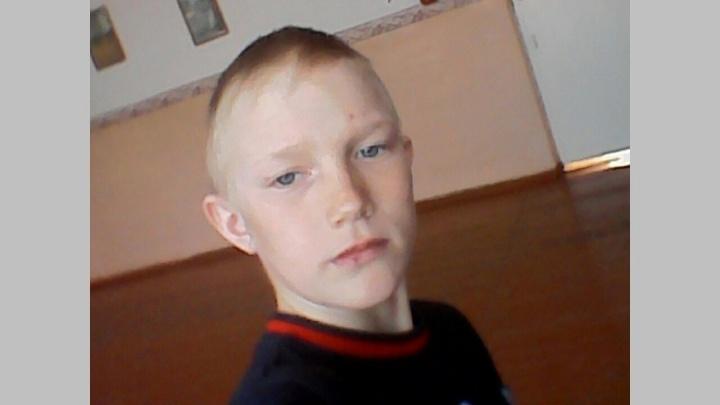Вернулся из лагеря и пропал: в Новосибирске разыскивают 15-летнего подростка