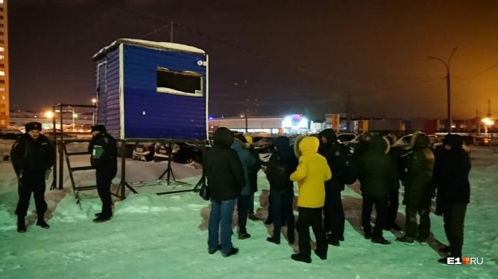 ЖильцыЖК «Калиновский» борются с парковщиками с начала января