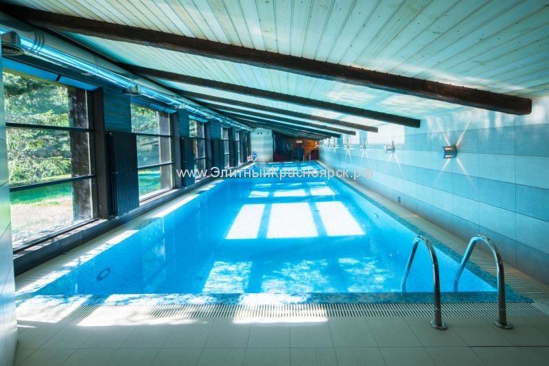 Купаться вмиллионах: эксперты отыскали вНовосибирске дома ссамыми очаровательными бассейнами