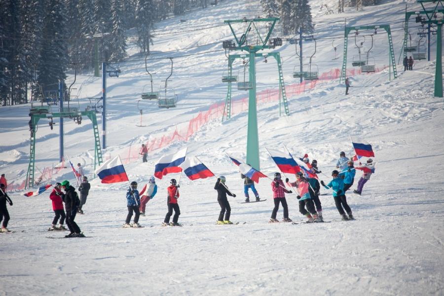 Официальное открытие горнолыжного сезона вШерегеше намечено на17ноября