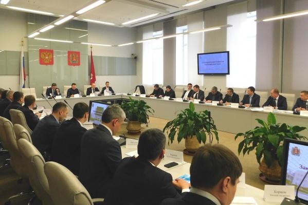 Заместитель министра энергетики РФ Андрей Черезов провел совещание о ходе подготовки энергосистемы к проведению XXIX Всемирной зимней Универсиады