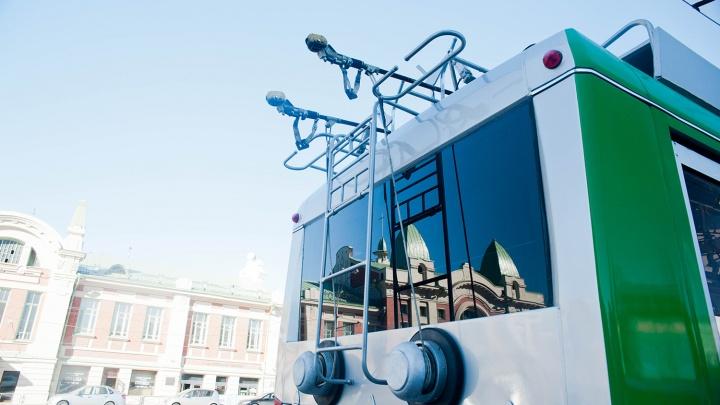 Гонял без превышения: мэрия назвала скорость, которая напугала пассажирку троллейбуса
