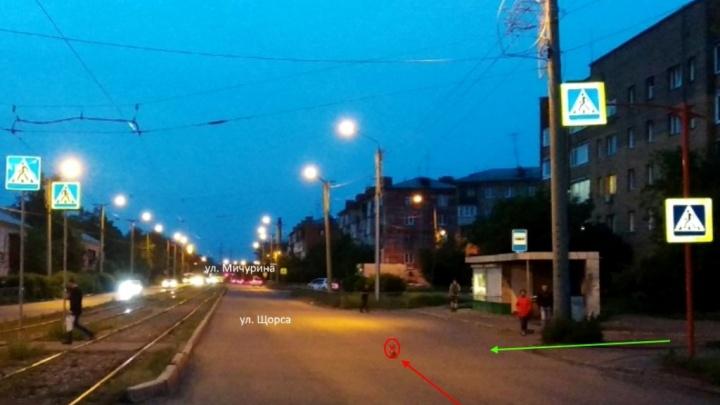 На Щорса водитель сбил девочку-подростка и бросил её на тротуаре