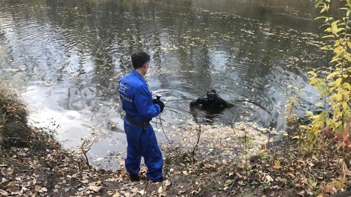 «Кроссовок упал в воду»: под Самарой утонул мальчик