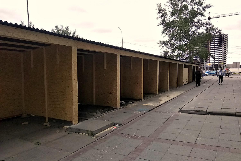 После того как в павильоны заедут арендаторы, на Маркса появится ещё один небольшой торговый коридор