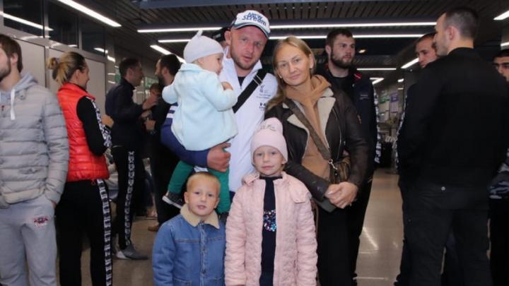 «Расстраивает, что подвел вас»: Шлеменко прокомментировал своё поражение американцу во Владивостоке