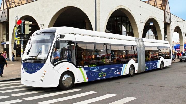 Куйвашев поручил правительству найти деньги на электробусы для Екатеринбурга