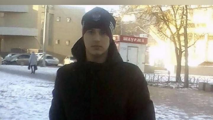 «Не отдашь деньгами — заберу здоровьем»: в Челябинске мужчина за долги прострелил ногу подростку